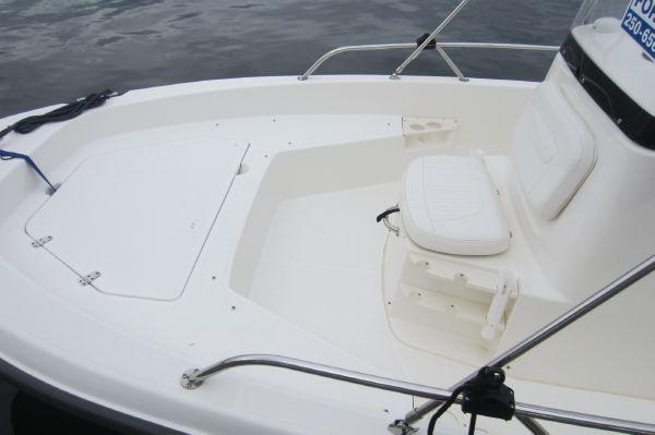 New Listing: 20' Boston Whaler 200 Dauntless 2008 - Van Isle