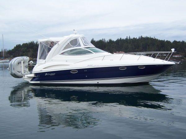 New Listing: 30' Cruisers Yachts 300 CXI Express 2005 - Van Isle Marina