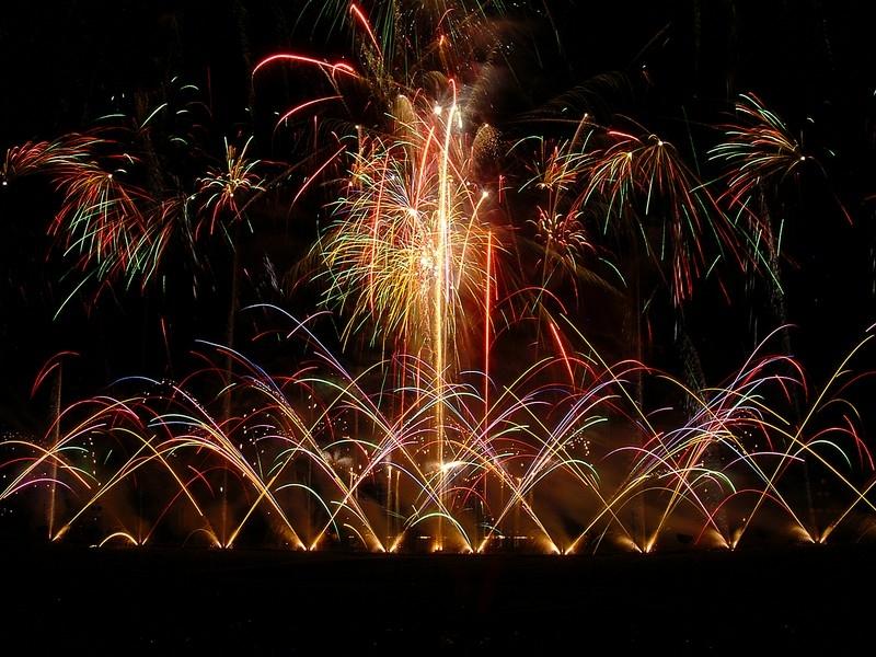 butchart-gardens-light-and-fireworks-show