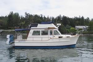 32' Island Gypsy Sedan Bridge Trawler 1982