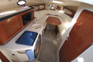 26' Sea Ray 2004 HighRes INTERIOR