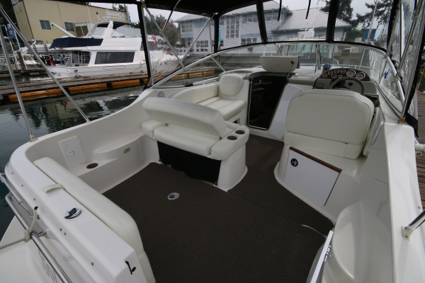 New Listing 26 Bayliner 2655 Ciera Sunbridge 2000 Van
