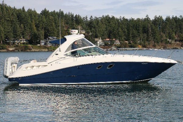 Sea Ray 330 Sundancer 2009 Exterior
