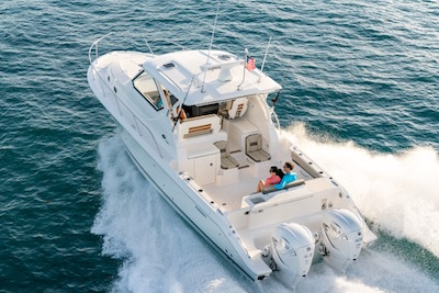 Pursuit Yachts - Offshore 355
