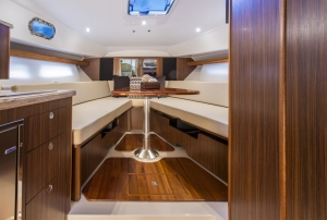 Pursuit Boats - OS355 interior