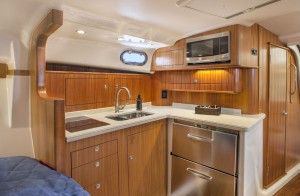 Pursuit Boats - OS385 interior