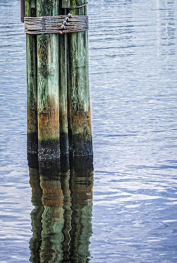Boat terms and terminology - Dolphin Pilings